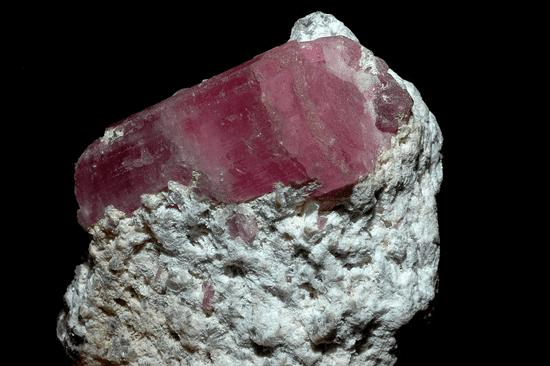 Milujeme Kameny - Rubelit