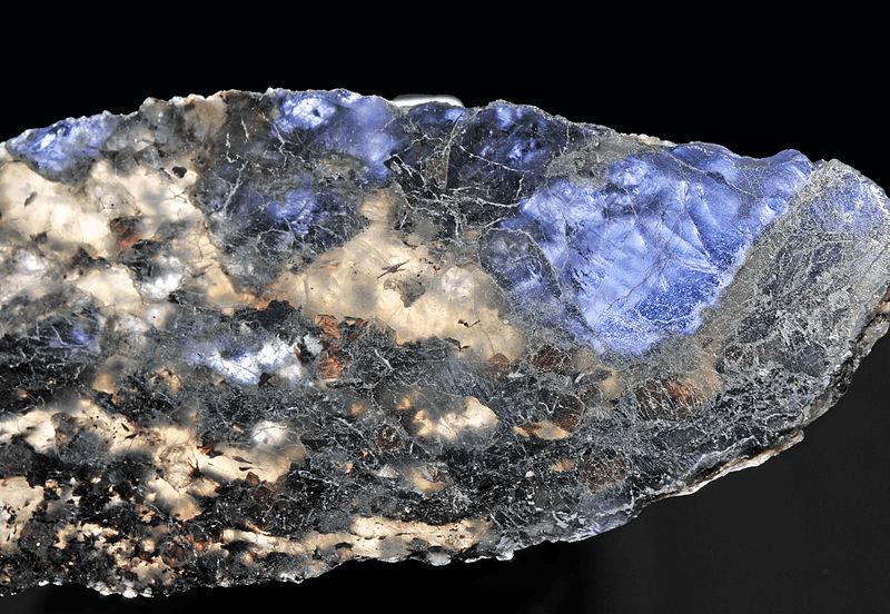 Milujeme Kameny - Iolit