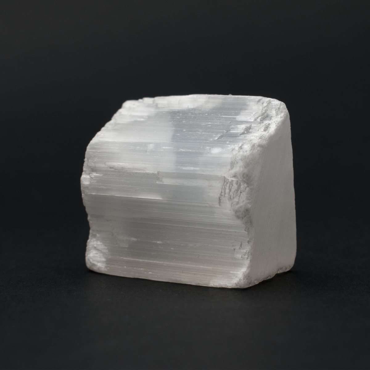 Milujeme Kameny - selenit surový kámen